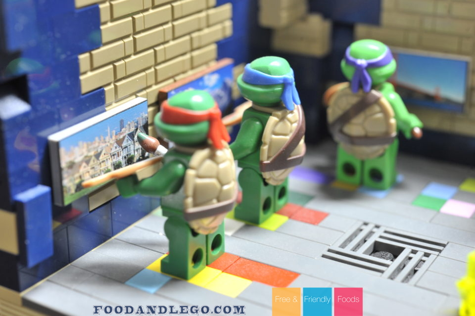 Free and Friendly Foods LEGO MOC Artistic Teenage Mutant Ninja Turtles
