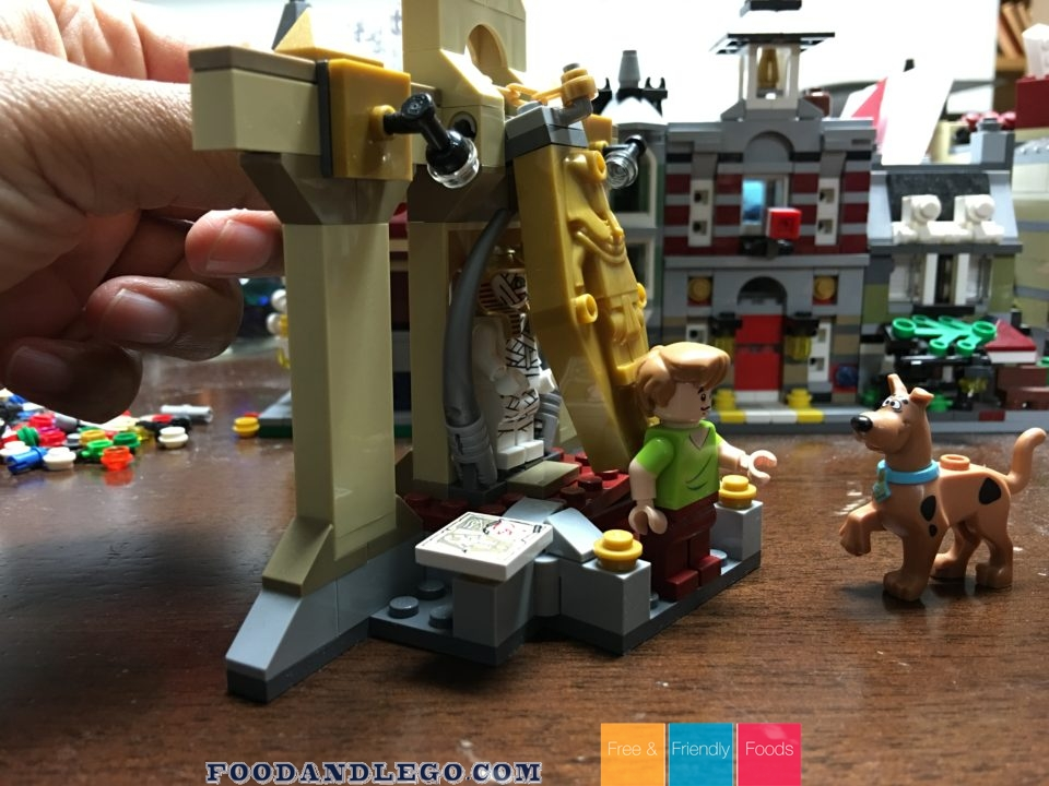 Free and Friendly Foods LEGO Review