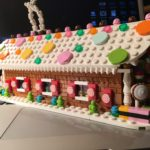 LEGO Review – 40139 Limited Edition Gingerbread House (& MOC)