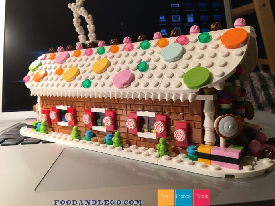 Free and Friendly Foods LEGO Review & MOC Gingerbread House