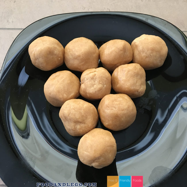 Free and Friendly Foods Peanut Butter Dough Ball Bites