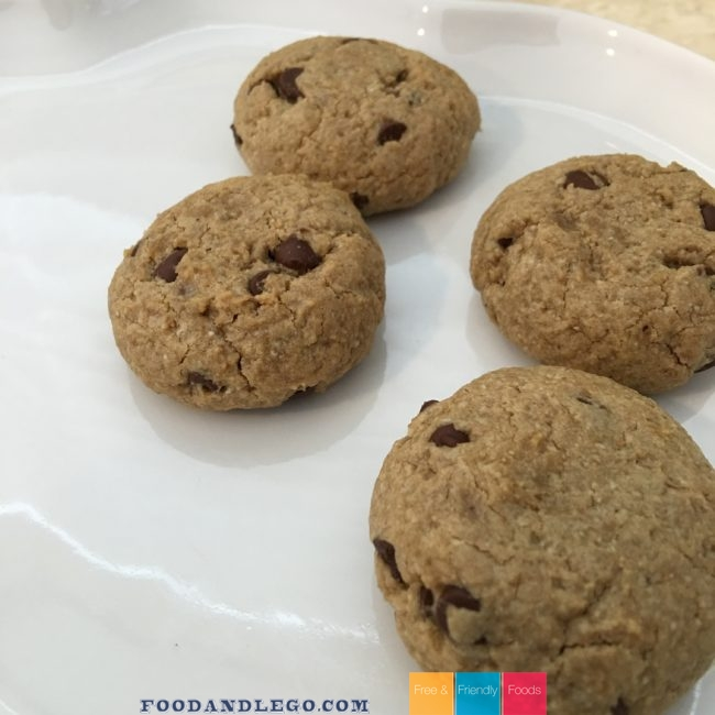 Free and Friendly Foods Sunflower Chocolate Chip Cookies