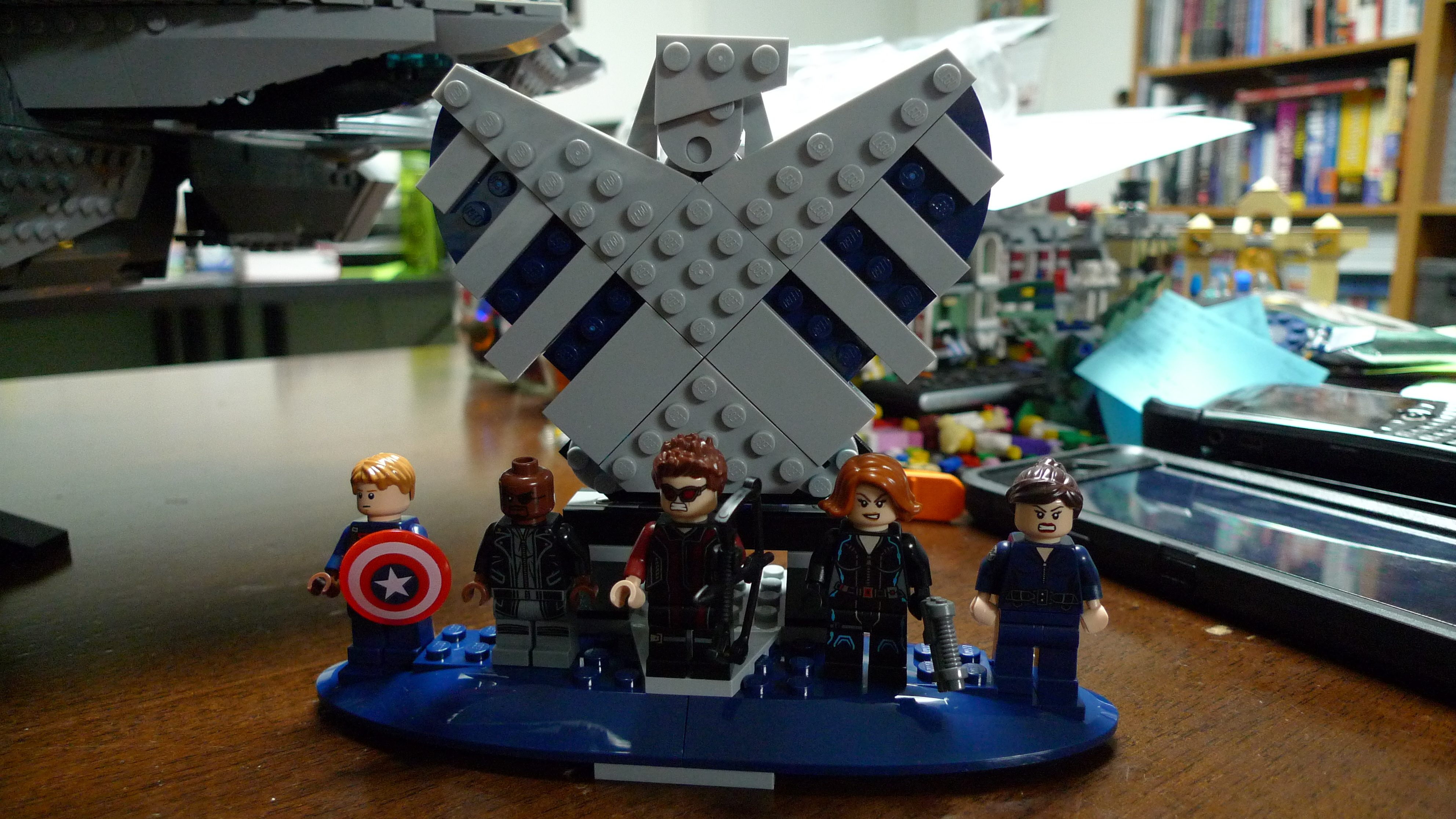 LEGO S.H.I.E.L.D. Helicarrier Review by The Allergy Chef