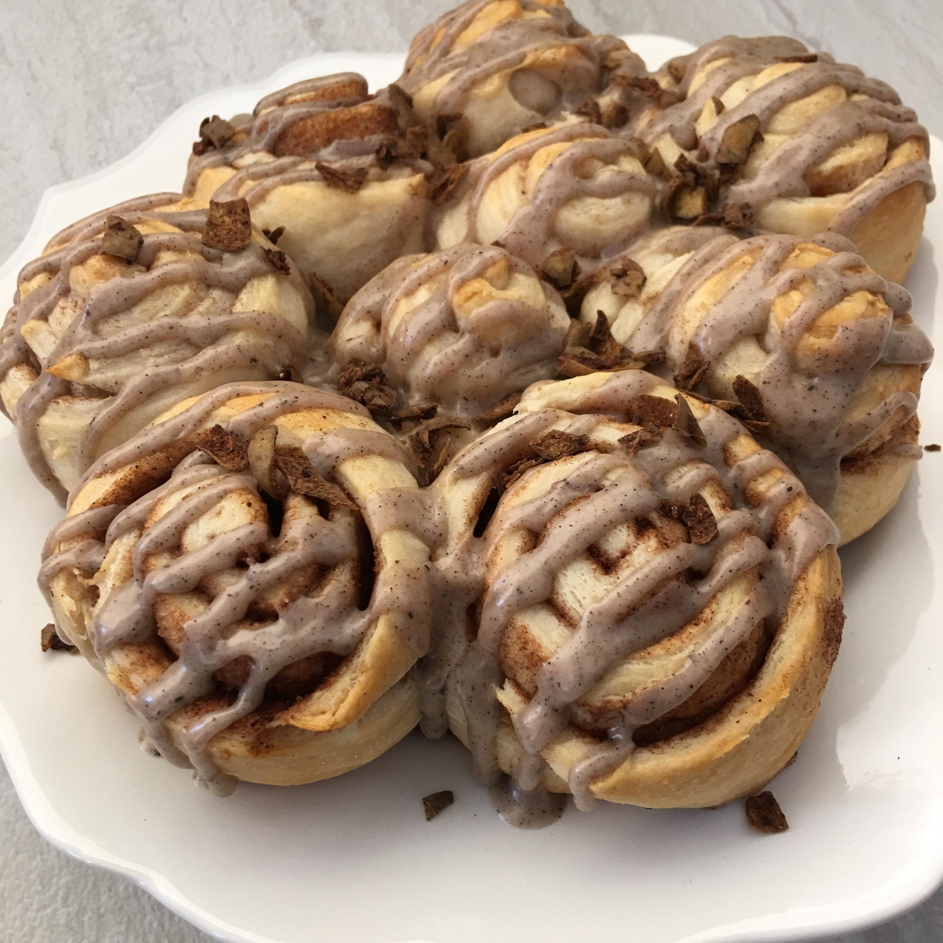 Free and Friendly Foods Organic Crescent Cinnamon & Chocolate Rolls